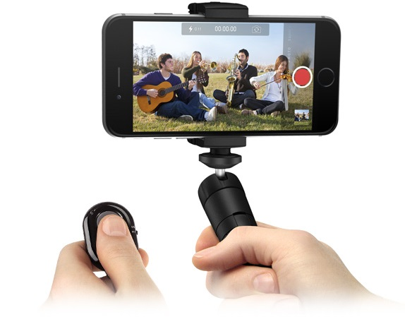 Bluetooth Shutter Control with iKlip Grip Multifunctional Video Stand