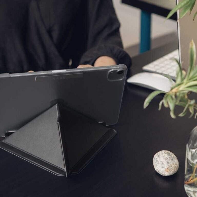 Moshi VersaCover for iPad Air 10.9 iPad Pro 11 Black in sue